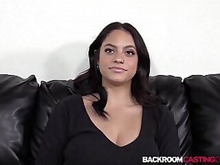 Luscious babe casting for anal creampie